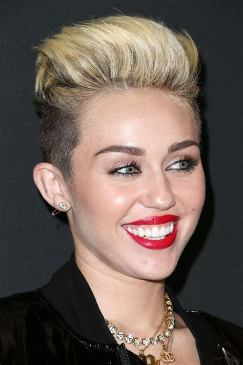 top 9 miley cyrus hairstyles styles at life more pics of miley cyrus red lipstick 1 of 14 miley