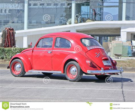 volkswagen red car red volkswagen beetle editorial image cartoondealer com