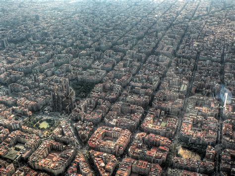 Barcelona Aerial View | here another good one aerial view of barcelona pics
