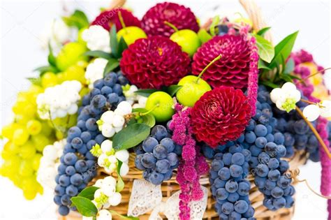 fiori di frutta decorazioni fiori e frutta decorazioni con la frutta foto