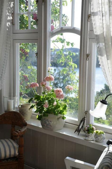 Die Fensterbank fensterbank deko stilvolle deko ideen f 252 r die fensterbank