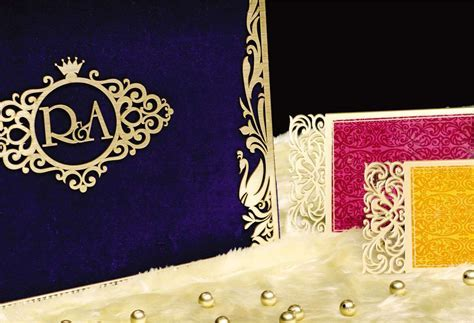 Designer Indian Wedding Cards   Wedding Invitations Delhi