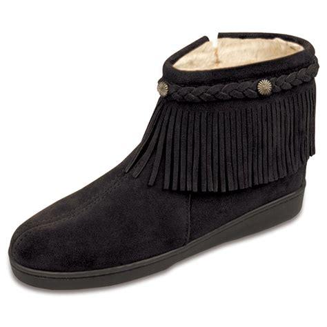 minnetonka shoes s minnetonka moccasin 174 pile lined fringe side zip