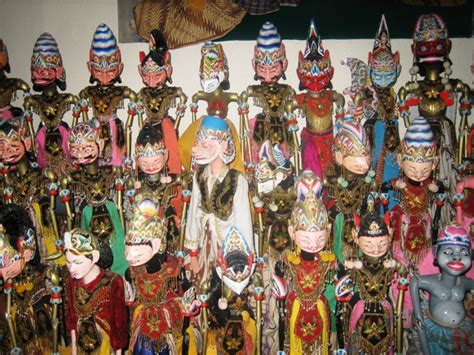 Sovenir Pulpen Wayang Golek menelusuri jejak kesenian sunda wayang golek wisata bandung