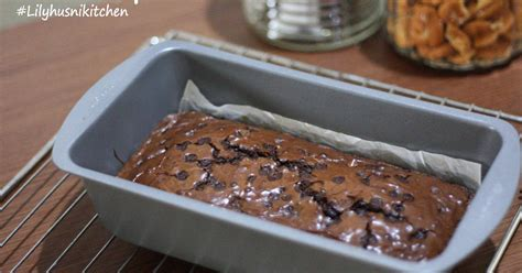 Brownies Panggang With Chocochips Topping resep brownies chocochips oleh lilyhusnikitchen cookpad