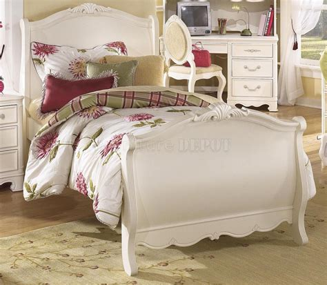 white traditional bedroom furniture furniture fill your home with beautiful aico furniture