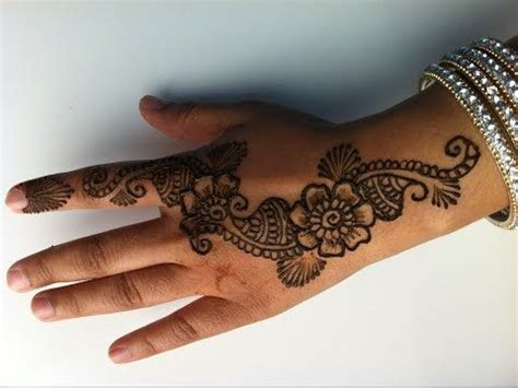 how to fade henna tattoo 17 best ideas about floral henna designs on