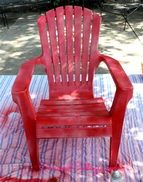hometalk paint your plastic chairs