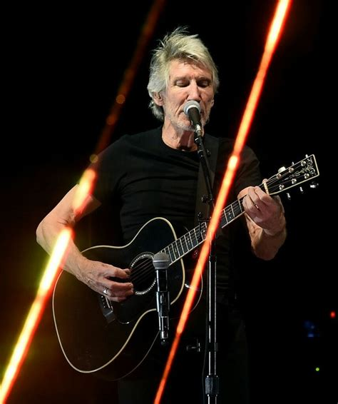 comfortably numb roger waters roger waters pink floyd roger waters pinterest