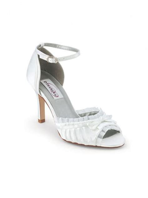Wedding Accessories Melbourne by Wedding Dresses Shoes Accessories Melbourne Flower