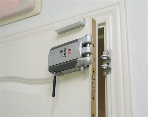 Puertas Exterior Leroy Merlin #7: Cerradura-electronica-La-mejor-cerradura-electronica-invisible.jpg
