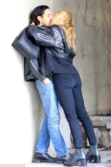 chloe movie wardrobe chloe sevigny s exposes bum in windy wardrobe malfunction