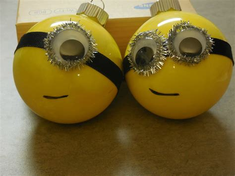 my husband loves the minions from despicable me so i made