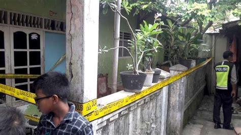 Bisnis Di Balik Jeruji polisi angkut buku senyum di balik jeruji dari rumah