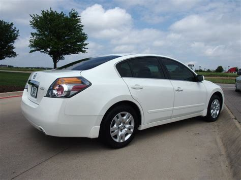 nissan altima 2012 white 301 moved permanently