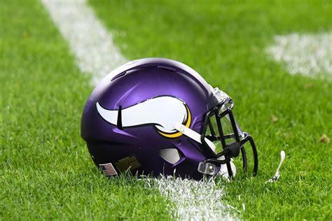 nfl helmet design changes big changes to nfl helmets coming soon daily norseman