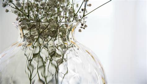 vasi in vetro per fiori vasi di vetro per i fiori 5 occasioni in cui usarli
