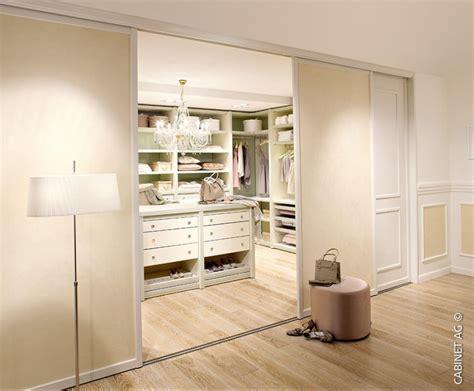 Begehbarer Kleiderschrank Mit Fenster by 6 Tipps Und Ideen F 252 R Eine Stilvolle Ankleide Cabinet