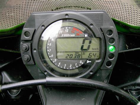 Motorrad Spiegel Die Nach Unten Gehen by Kawasaki Zx10r Quot Quot Das Aas Geht Wie Schmitz Katze