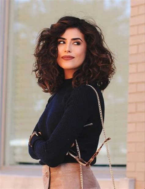long bob that can be worn curly or straight 40 hairstyles for curly hair