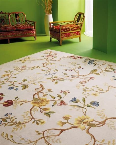 green living room rug 14 gorgeous rooms how to decorate with needlepoint rugs and rugs