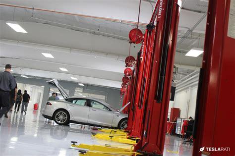 Tesla Service Center Tesla La Club Unveils Los Angeles Largest Tesla Service