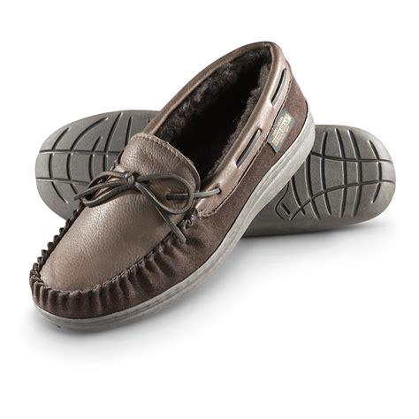 deerskin slippers guide gear deerskin moc slippers 616096 slippers at