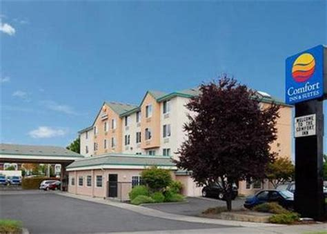 portland airport comfort inn comfort inn and suites portland airport portland deals
