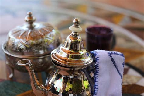 Drink Tea Like A Moroccan by How To Drink Mint Tea Like A True Moroccan