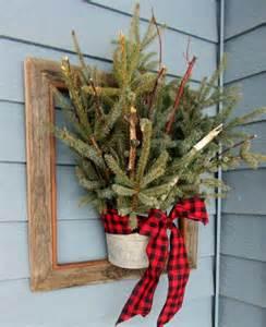40 comfy rustic outdoor christmas d 233 cor ideas digsdigs