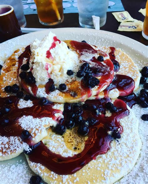 pancake pantry gatlinburg hours menu prices