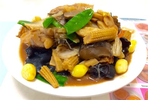 new year jai monks food 8 new year foods you need to eat to usher in