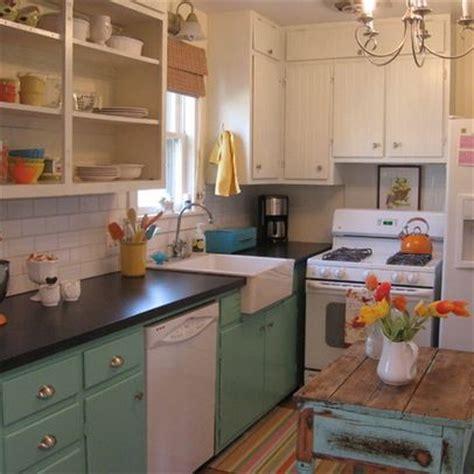 Small Farmhouse Kitchen by Small Farm Kitchen Primitive Farmhouse Kitchen