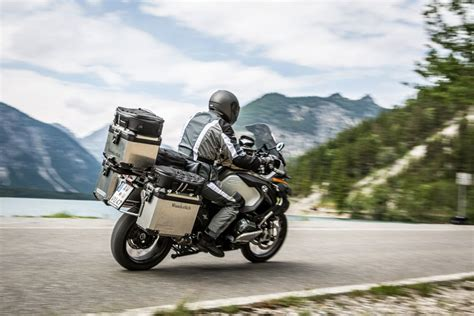 Bmw Motorrad Touring by The 4 Best Bmw Motorcycle Accessories For Touring