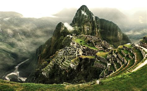 for pictures the of machu picchu a above the clouds