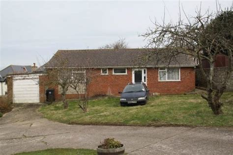 bungalow for sale 3 bedroom detached bungalow for sale in south road swanage