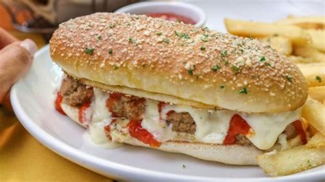 most abominable food items at chain restaurants