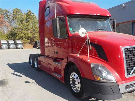 volvo truck sleeper 2008 volvo vnl64t670 sleeper truck for sale 768 212 miles