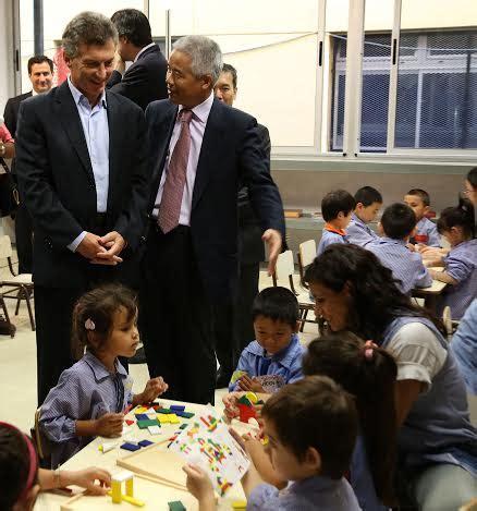 macri va dar una ayuda escolar para las asignaciones ahora la integraci 243 n argentino china ya empez 243 por la educaci 243 n