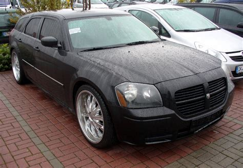 dodge magnum pictures photos information of
