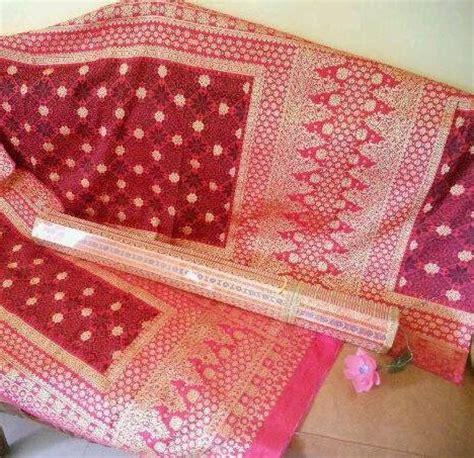 Kimono Merah Maroon songket bunga cina ibu motif ibu negara no 1 bahan 100