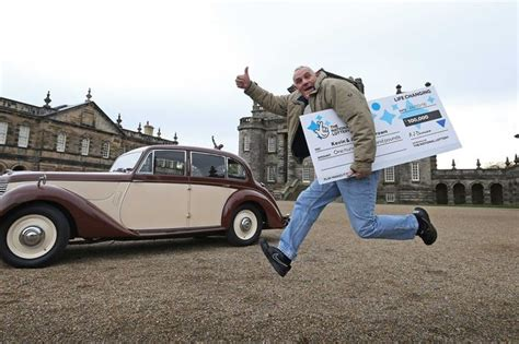 National Lottery Instant Wins - whitley bay grandad hits the jackpot on national lottery
