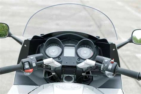 bmw k1200gt 2006 2008 review mcn