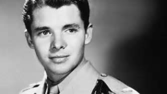 Sgt Audie Murphy Bio Photo Of Audie Murphy