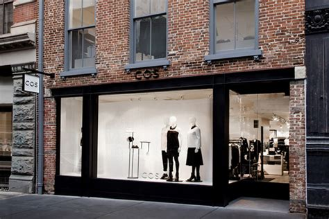 design stores in nyc cos flagship store new york city 187 retail design blog