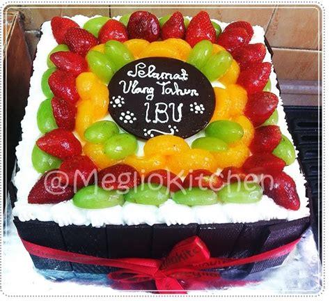 video orang membuat kue ulang tahun kue ulang tahun untuk ibu mama blackforest cake jogja