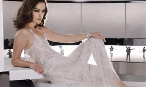 Keira Knightly In Chanel At Tiff For Atonement Premiere In Canada by Keira Knightley As A Sultry Bond In