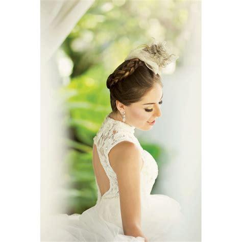 Bando Bali An By Aninda Mahkota classic look with wedding veil or hair accessories