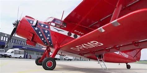 wann kann sitzplã tze im flugzeug reservieren rundfl 252 ge mit dem roten baron
