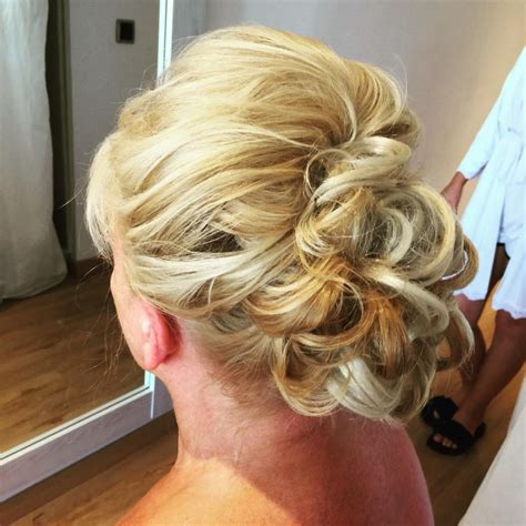 soft updos for mother of the bride mother of the bride hairstyles 24 elegant looks for 2018